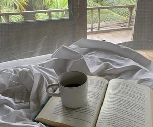 aesthetic, books, and bed image