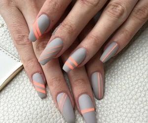 square nail art image