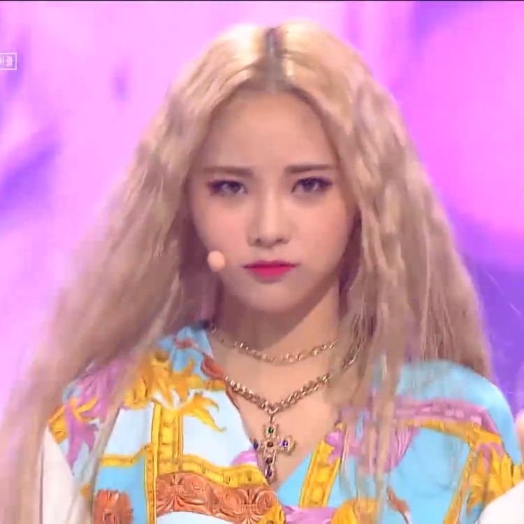 girl, kpop, and jinsoul image