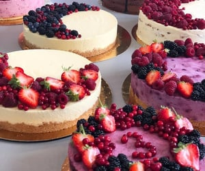 berry, cheesecake, and gâteau image