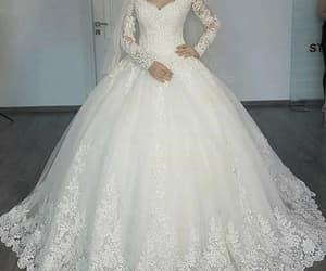 wedding gowns, princess wedding dress, and vestido de novia image