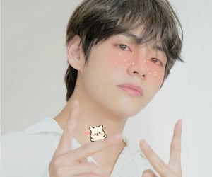 bts aesthetic, aesthetic taehyung, and soft taehyung image
