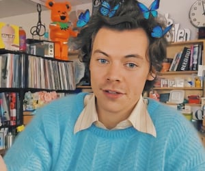 Harry Styles and fine line image