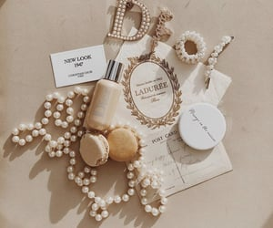 brand, nails, and necklace image