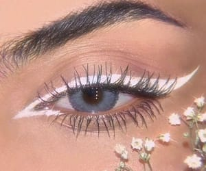 makeup, flowers, and aesthetic image