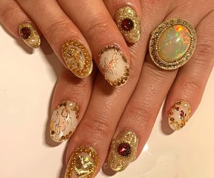 golden, gold, and mani image