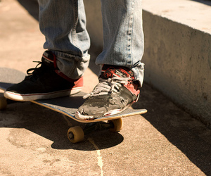 shoes and skate image