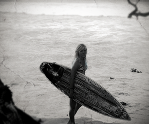 black and white, board, and girl image