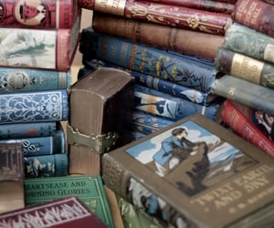 aesthetic, books, and old books image