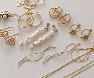 bracelet, earrings, and jewel image