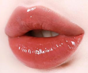 aesthetic, lips, and colors image