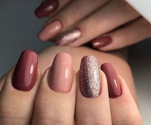 hybrid berry nude nails image