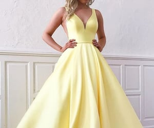 ball gown, Prom, and prom dresses image