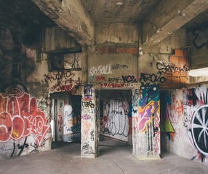 grafitti, lisboa, and lisbon image