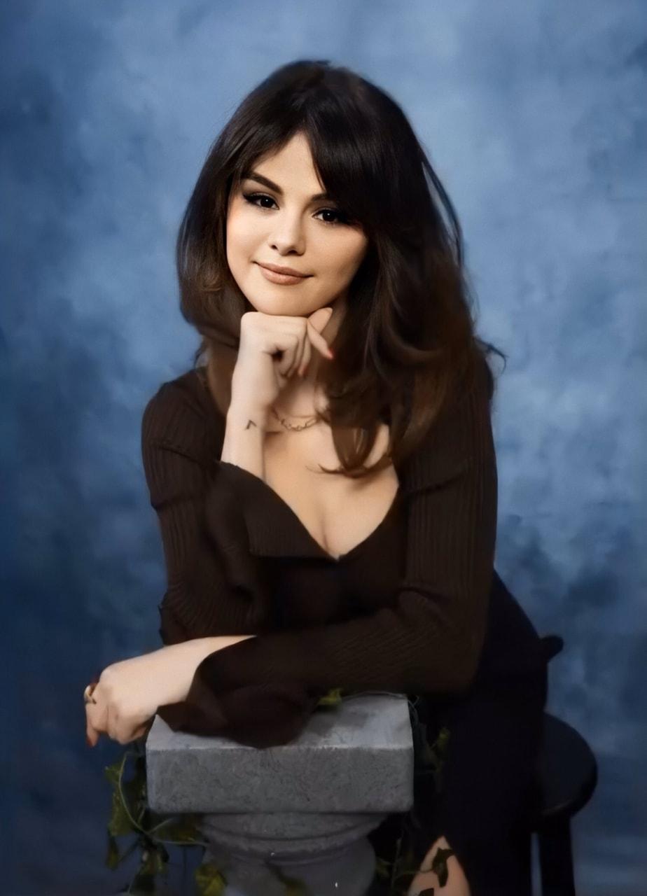 selena gomez, beautiful, and Queen image