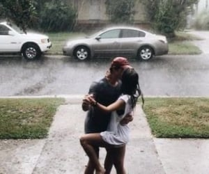 kiss and rain image