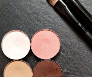 brown, pink, and eye look image