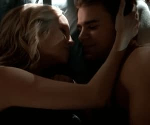 gif, stefan salvatore, and kiss image