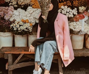 hijab, بُنَاتّ, and حجاب image