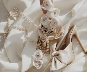 beautiful, flowers, and minimalism image