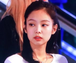 jennie, blackpink, and preview image