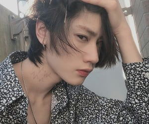 aesthetic, japones, and korean boy image