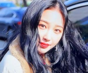 yukyung and elris image