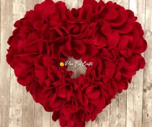 etsy, valentinesday, and valentine wreath image