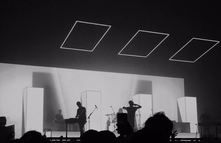 concert and the1975 image