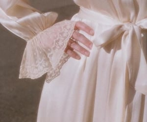 aesthetic, white, and lace image