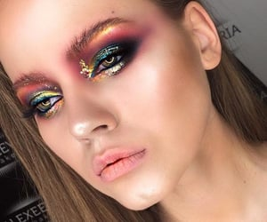 aesthetic, eye makeup, and eyes image