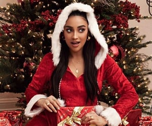 actress, christmas, and gift image