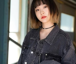 itaewon class, kim dami, and jo yiseo image