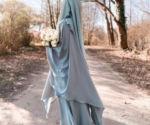 hijab, islam, and jilbeb image