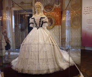 dress, sisi, and wien image