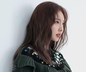 beauty, wallpaper, and korean image