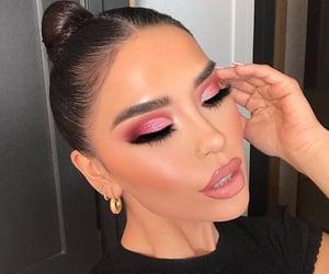 beautiful, contour, and eyeshadow image