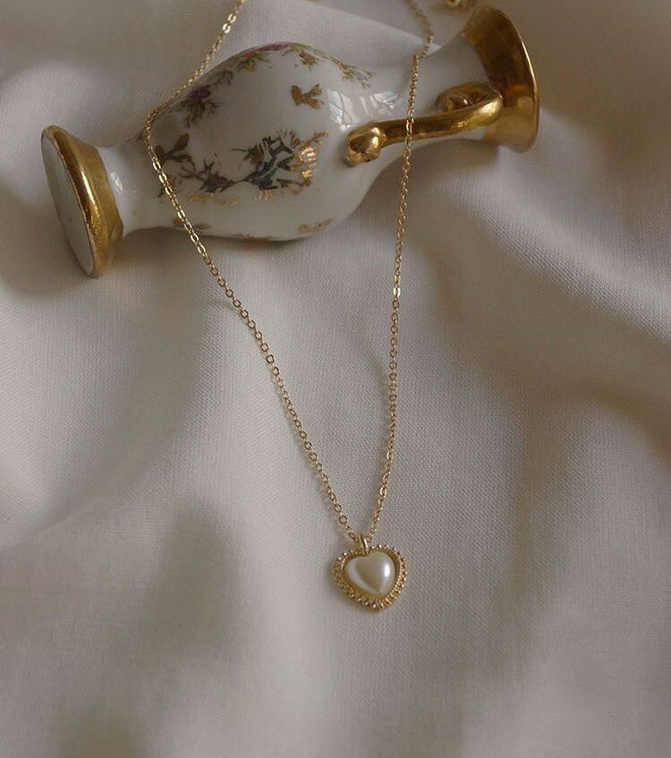 diamond, necklace, and accessories image