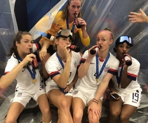 usa, wwc, and abby dahlkemper image