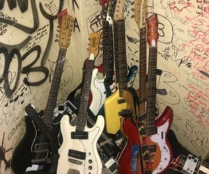 guitar, alternative, and grunge image