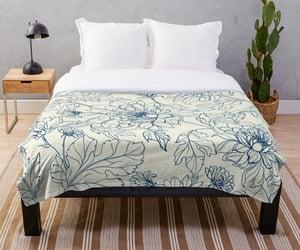 bedroom decor, vintage flowers, and duvets image