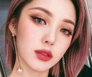 eyeshadow, girl, and cute image
