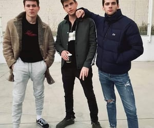 elite, alvaro rico, and boys image