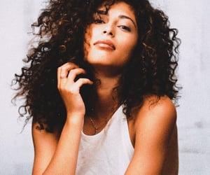 curly hair, photoshoot, and mina el hammani image