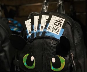 bag, hot topic, and toothless image
