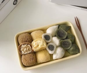food, mochi, and aesthetic image