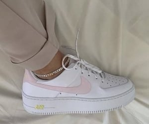 style, nike, and shoes image
