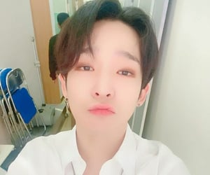 k-pop, south club, and nam taehyun image