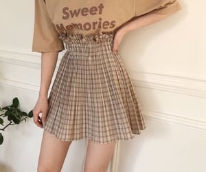 aesthetic, skirt, and weheartit image