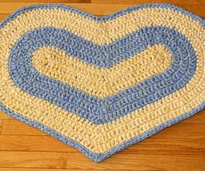 heart shaped, home decor, and rugs image